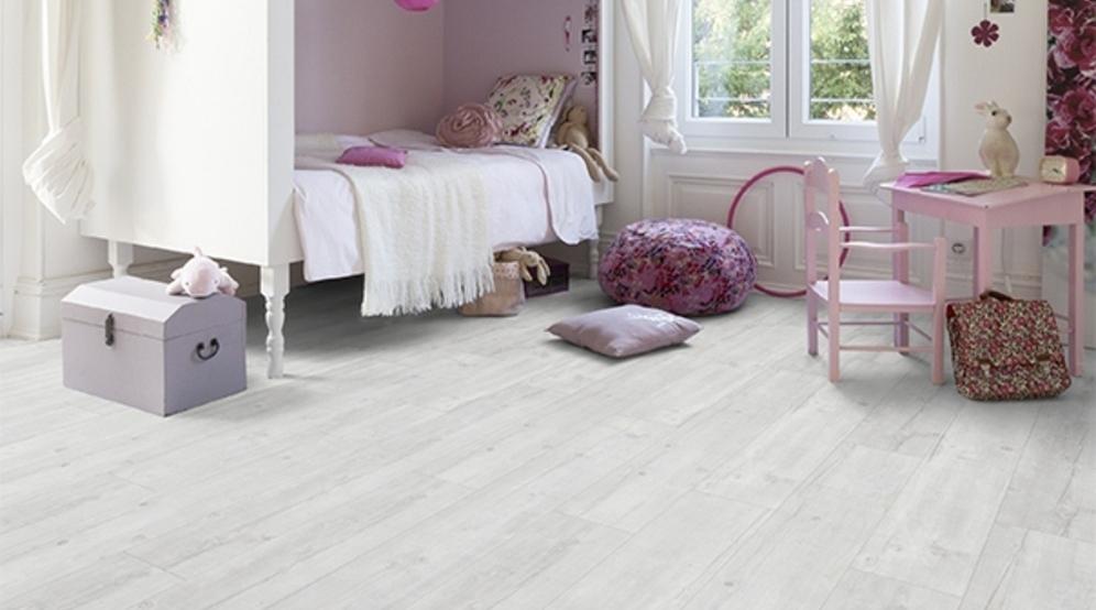 tendance parquet elegant parquet point de hongrie mur sol bois ides diverses mettre oeuvre. Black Bedroom Furniture Sets. Home Design Ideas